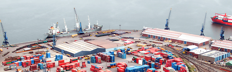 Port security, harbour security with CCTV IP solutions by Dallmeier. Video surveillance solutions for ports.
