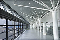 Dallmeier CCTV / IP video surveillance solutions for airports: video security systems for airport terminals, baggage claim areas, car parks, access roads